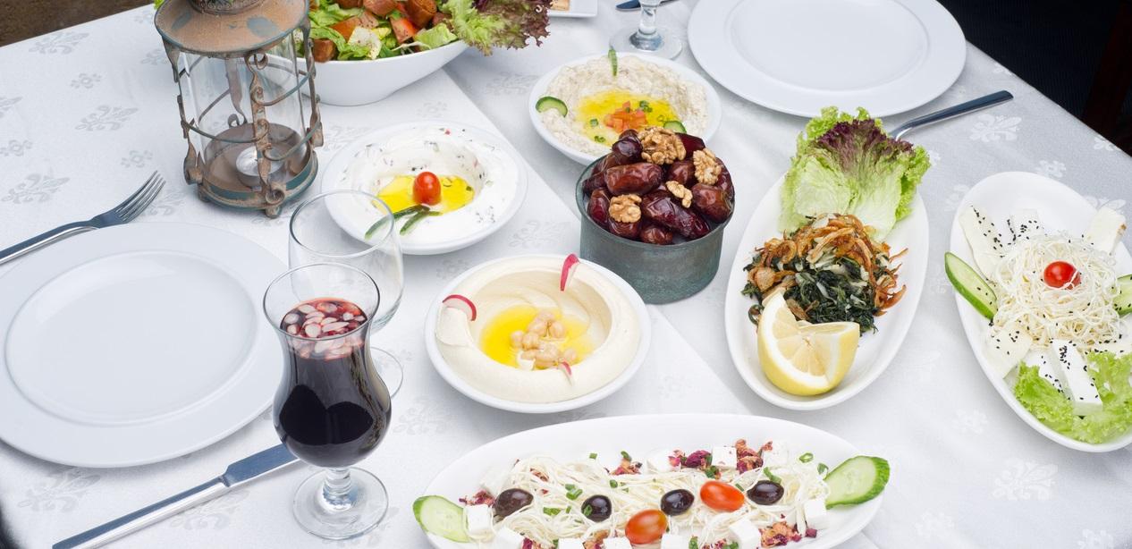 7 أطعمة أساسية لسحور رمضان