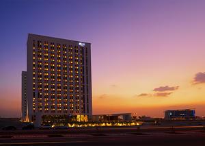 افتتاح فندق ألوفت معيصم العصري في دبي