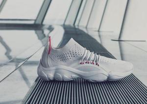 ريبوك تطلق حذاء رياضي عصري لموسم ربيع 2018