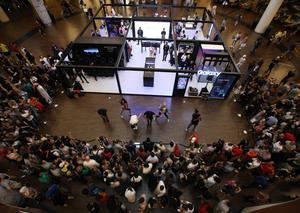 سامسونج تفتتح منصة جالاكسي استوديو المميزة في دبي مول