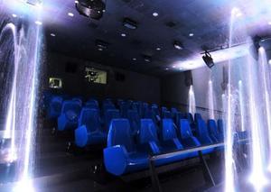 أبوظبي تفتتح أول دار سينما مغمورة بالمياه في العالم