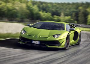 لامبورجيني أفينتادور SVJ تتربع على عرش السيارات الرياضية الفائقة