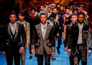 بالصور: دولتشي آند غابانا تستعرض تشكيلتها الرجالية لموسم ربيع و صيف 2019