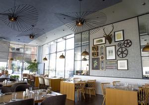 افتتاح مطعم واستراحة وتراس ستوك هاوس الفاخر في دبي