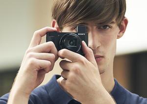 سوني تطلق أصغر كاميرات السفر في العالم