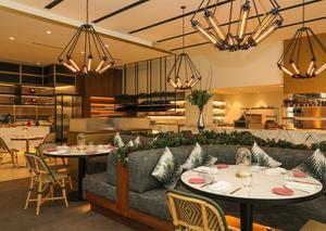 افتتاح مطعم هيل هاوس براسيري في نادي دبي هيلز للجولف