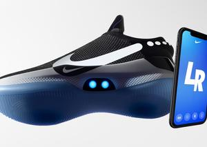 نايكي تكشف النقاب عن حذاء ذاتي الربط للاعبين كرة السلة