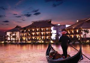فندق لابيتا دبي يأخذ ضيوفه في رحلة رومانسية على متن القارب بعيد الحب