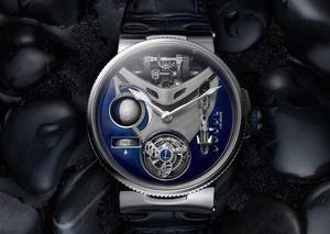أوليس ناردين تخطف الأنظار بإصدار ساعة مارين ميجا يخت الأسطورية