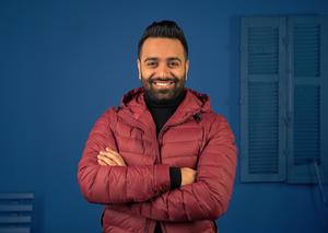 مقابلة حصرية مع البحريني أحمد شريف أحد أعضاء لجنة تحكيم برنامج «سديم»