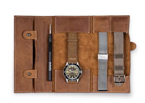 رادو تتألق بإصدار ساعة أنيقة مع حقيبة سفر للمسافرين العصريين