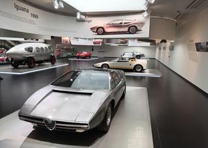 بالفيديو : جولة حصرية من داخل متحف ألفا روميو للسيارات في ميلانو