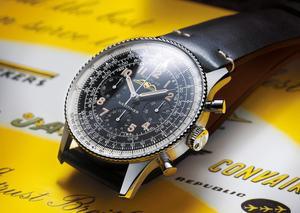 بريتلينغ تجسد الفخامة بإطلاق ساعة نافيتايمر 1959 806 ري إديشن