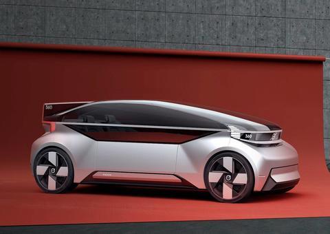 فولفو تكشف النقاب عن سيارة 360c الكهربائية ذاتية القيادة