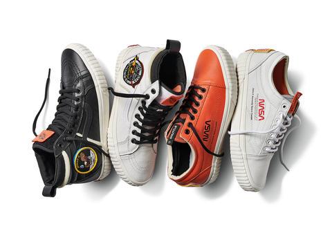 بالصور: ناسا تتألق بطرح تشكيلة أحذية سنيكرز مميزة بالتعاون مع فانس