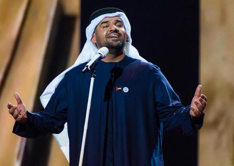 حسين الجسمي يصبح أول فنان عربي يغني في الفاتيكان