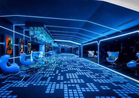 نوفو سينماز تفتتح صالة عرض آيماكس ليزرية في « آي إم جي عالم من المغامرات»