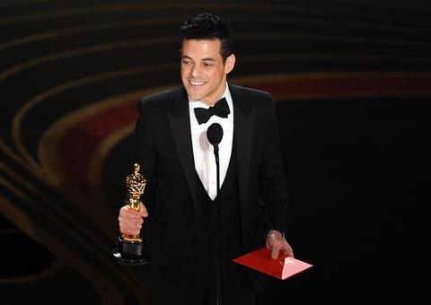 المصري رامي مالك يفوز بجائزة أوسكار كأفضل ممثل