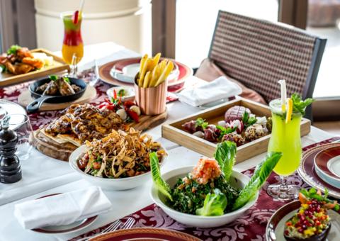 تجربة إفطار رمضانية في مطعم خيمة البحر بفندق جميرا القصر