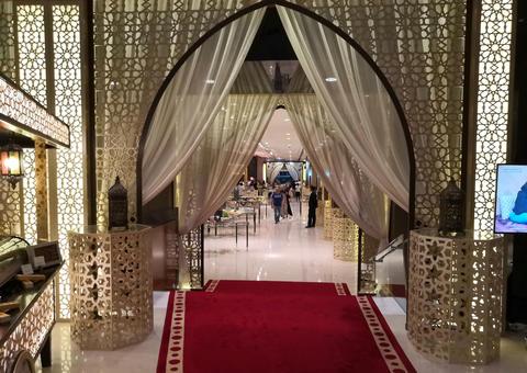 تجربة إفطار رمضانية في خيمة جودلفين بفندق جميرا أبراج الامارات