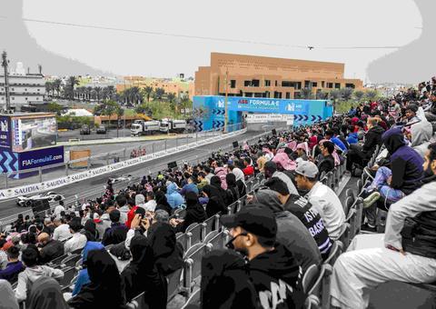 الإعلان رسمياً عن انطلاق سباق سيارات فورمولا إي من الدرعية