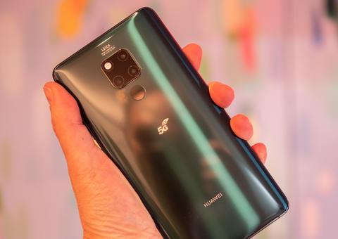 هواوي تستعد لإطلاق أول هاتف ذكي يدعم تقنية الجيل الخامس في الإمارات