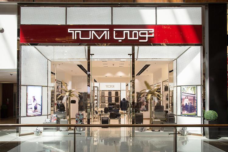 متجر تومي في دبي مول