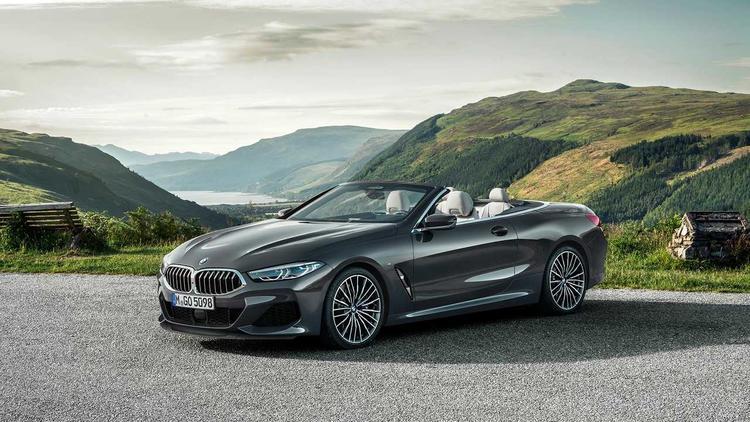 سيارة  BMW 8 Series Convertible