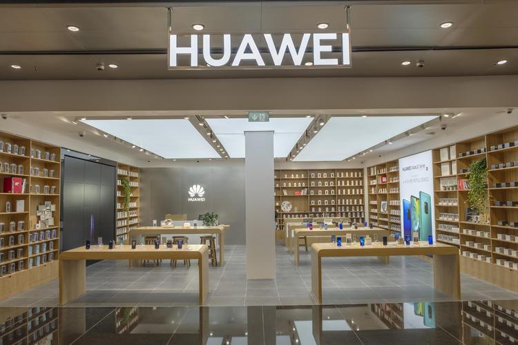 متجر هواوي الجديد في مول الإمارات