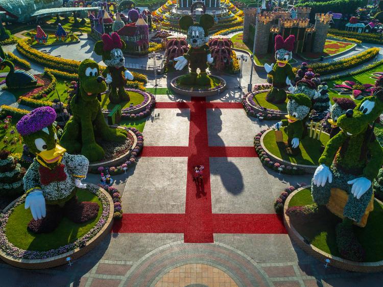 ميراكل جاردن, دبي, حديقة الزهور, ديزني, يوغا, لياقة, ترفيه