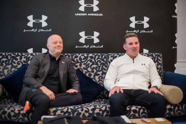 من اليمين إلى اليسار: كيفن بلانك، المؤسس والرئيس التنفيذي ورئيس مجلس إدارة أندر آرمور و باتريك فريسك، رئيس أندر آرمور