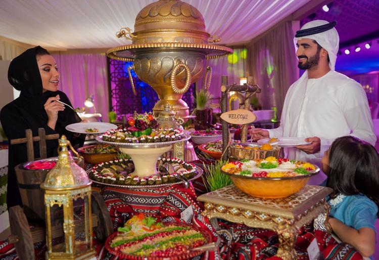 رمضان, خيمة رمضانية, فطور اليوم, دبي أكواريوم, بوليوود بارك, فندق جميرا أبراج الإمارات