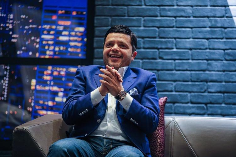 محمد هنيدي, كوميدي, ستاند أب كوميدي, سفر, ابتسامة, عروض, هنيدي لايف